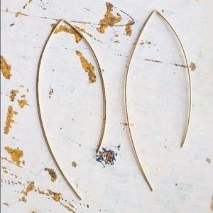 Jewelry - 🍒3/$30 New Gold Arc Threader Earrings